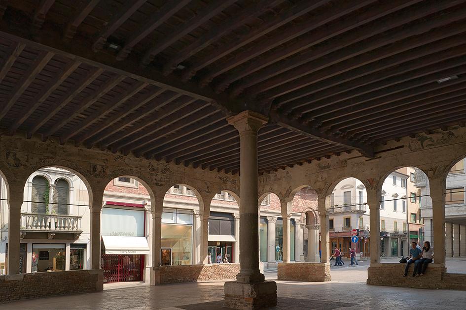 Loggia dei Cavalieri - Scoprire Treviso B&B Le Tre Corti