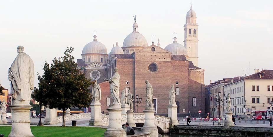 Padua Basilika - Attractions Near B&B Le Tre Corti Treviso