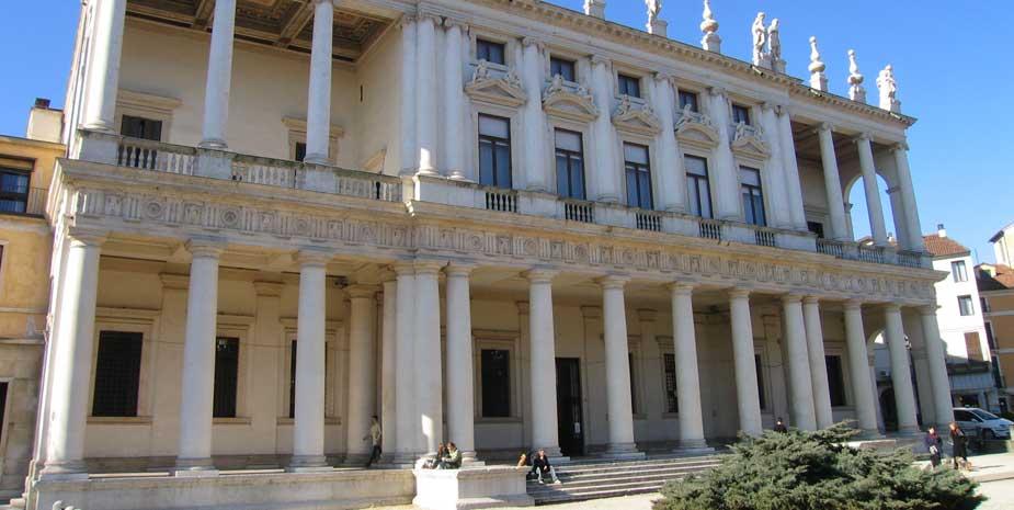 Palazzo Chiericati Vicenza - Cosa vedere nei dintorni B&B Le Tre Corti Treviso